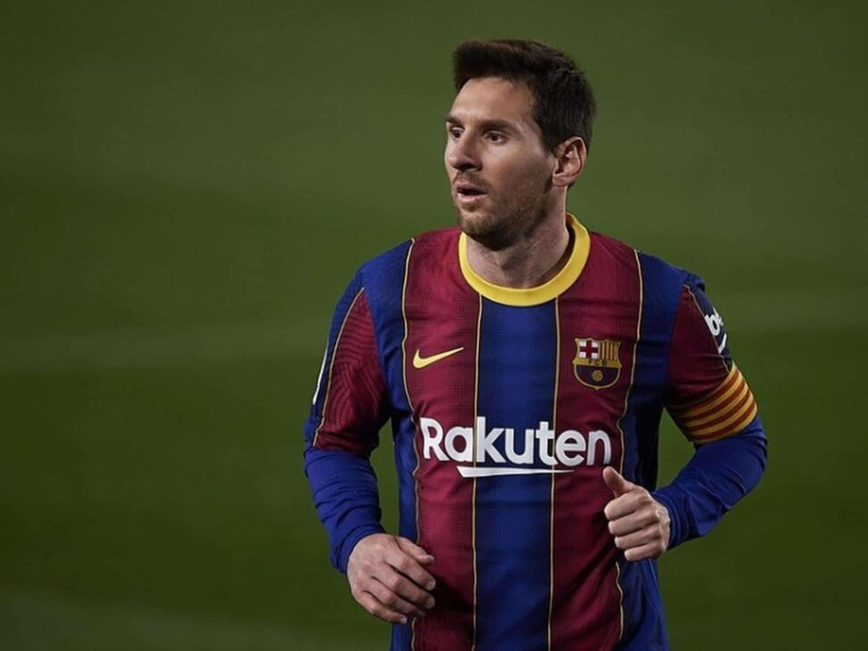 Messi scores twice as Barcelona beat Elche
