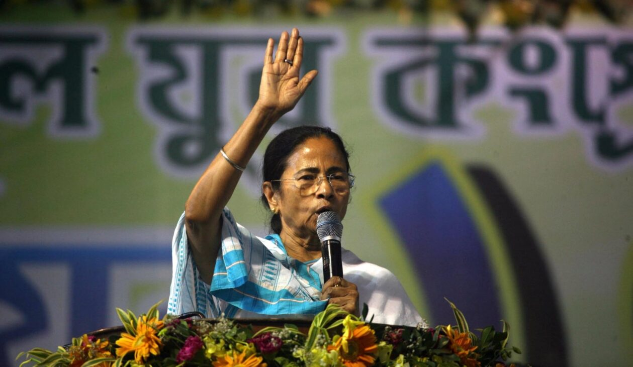 Mamata showers sops hours before poll date announcement