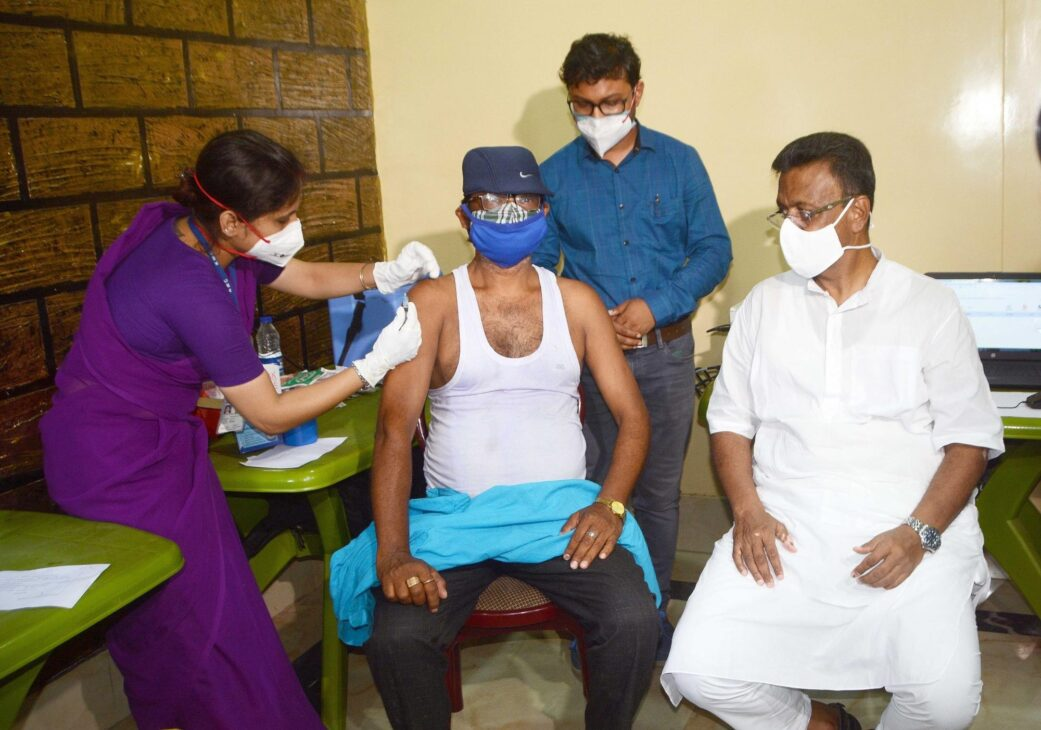 Two districts contribute most Covid cases in West Bengal