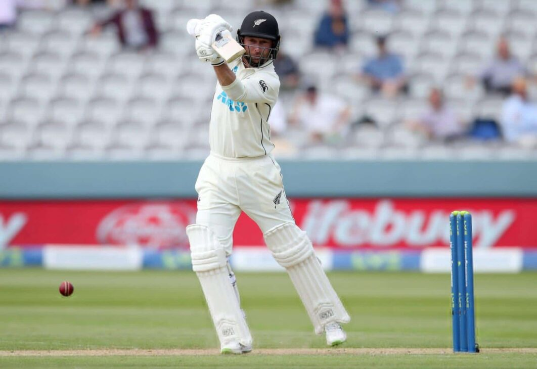 Conway, Young lead strong New Zealand reply to England (Tea)