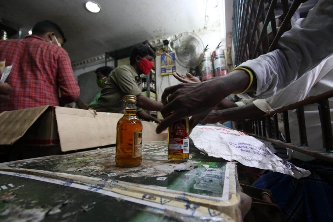 UP: 6 of victim's family held for illicit liquor trade