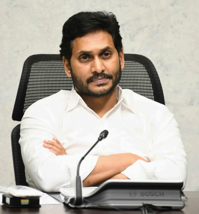 Andhra CM welcomes judgment on Neradi barrage