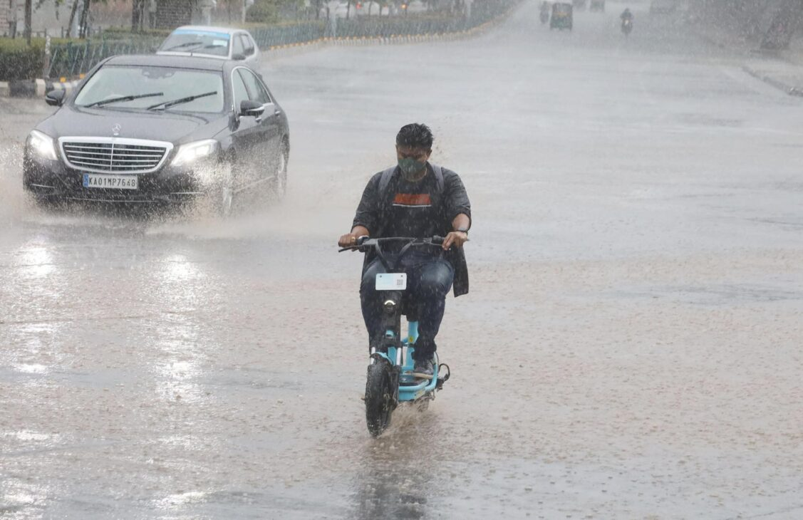 Torrential rains throw normal life out of gear in K'taka