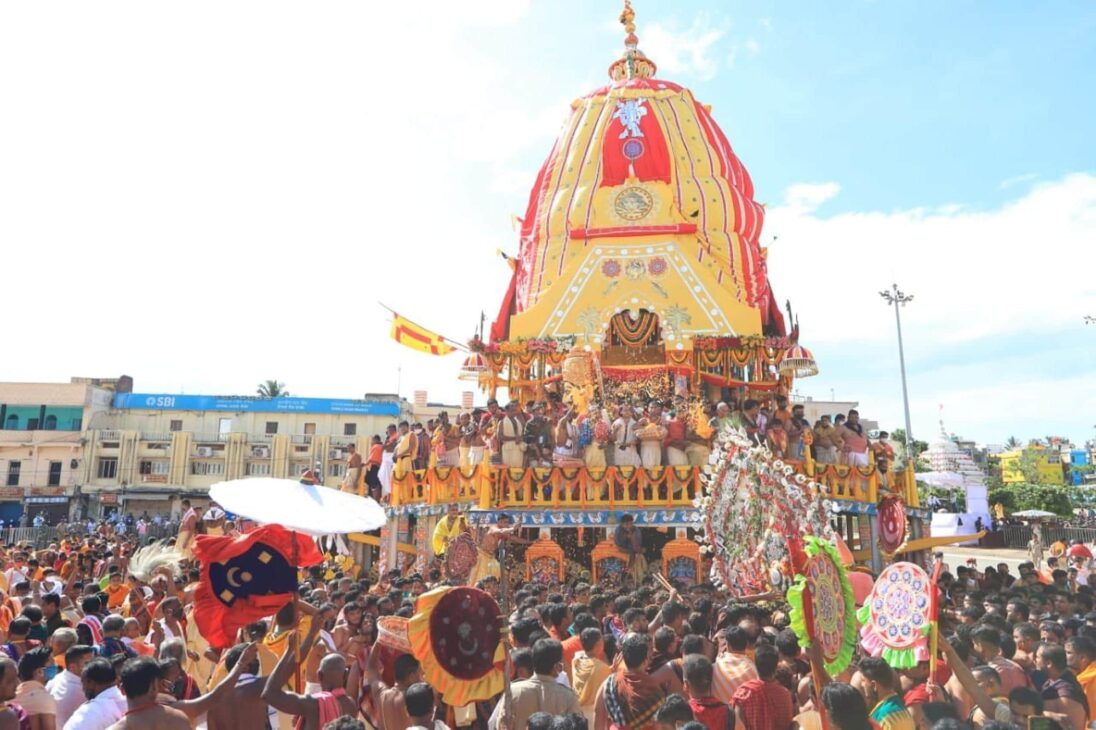 Rath Yatra of holy trinity completed in Puri