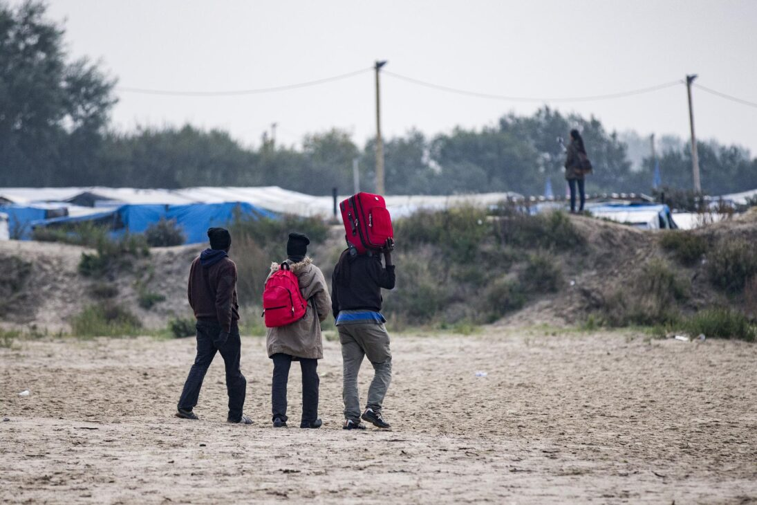 UK to pay France $74mn to combat surge in illegal migrants